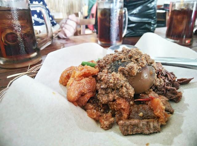 www.chippeido.co.vu_yogya_yogyakarta_gudeg_gudheg_khas yogya_kuliner_foodie_kuliner surabaya_kuliner yogya_kuliner jogja_yu djum_gudeg enak_gudeg yu djum_malioboro