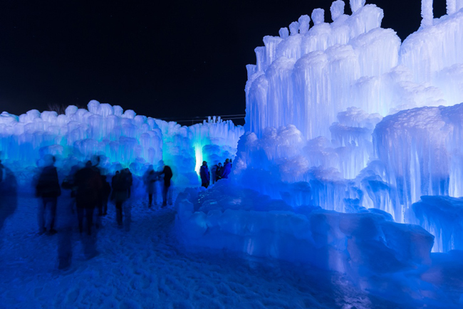 Midway Ice castles | Utah | winter activities in Utah