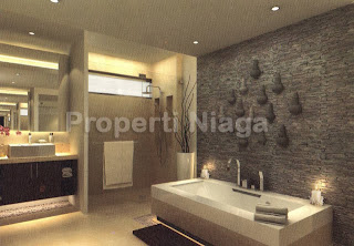 Properti-Niaga-Bathroom_With_Bathub_Rumah_Tipe_Season