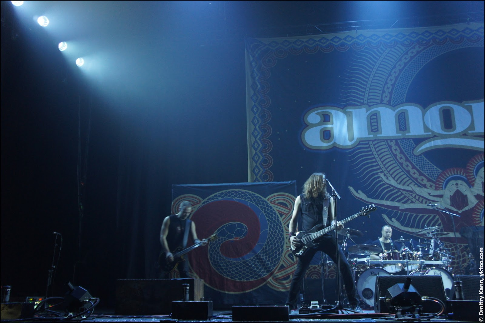 Amorphis: Tomi Koivusaari, Niclas Etelävuori, Jan Rechberger.