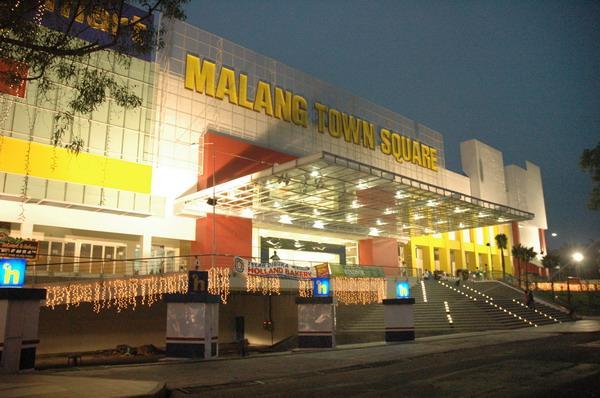 malang_town_square_kebakaran