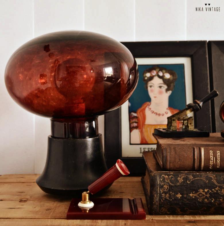 diy en el que haremos una lampara con una tulipa y una base de madera