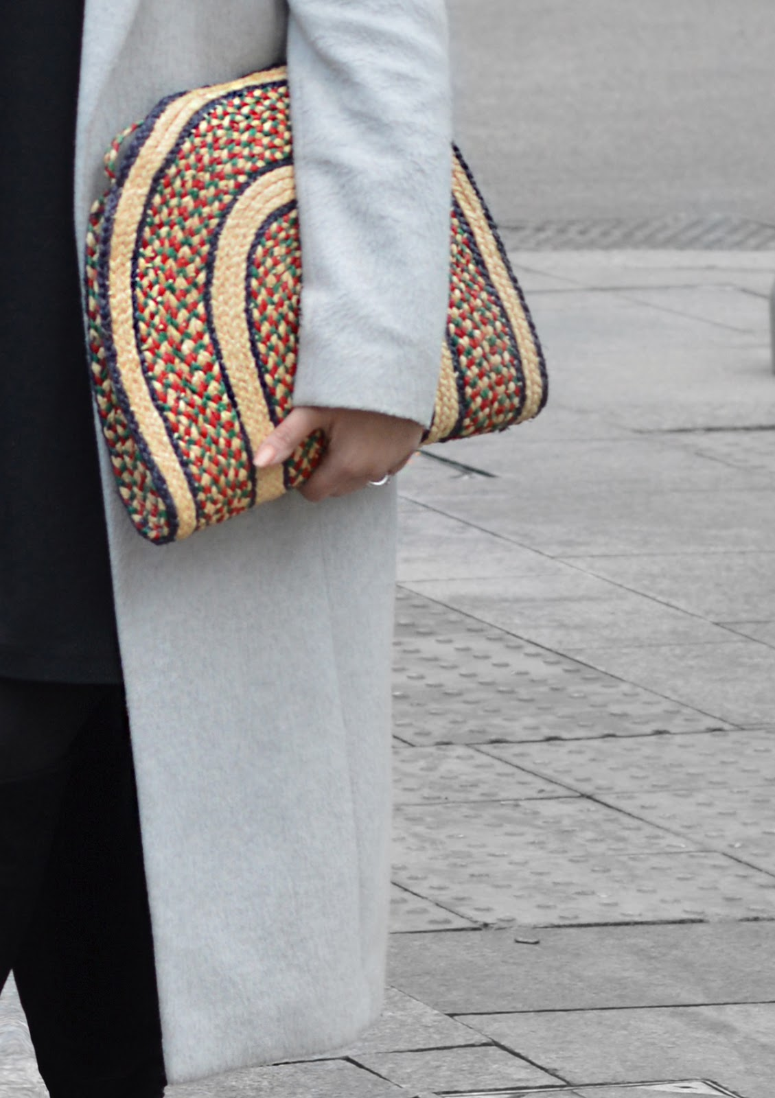 C o n t e m p o r a r y | cuts and spring ethnic bag influences.