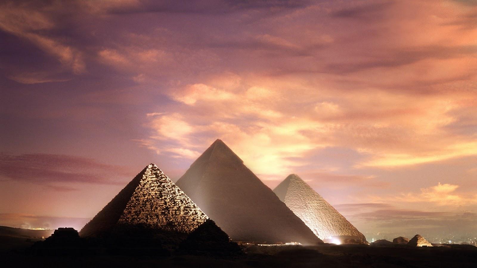 Giza Pyramids, Egypt HD Background