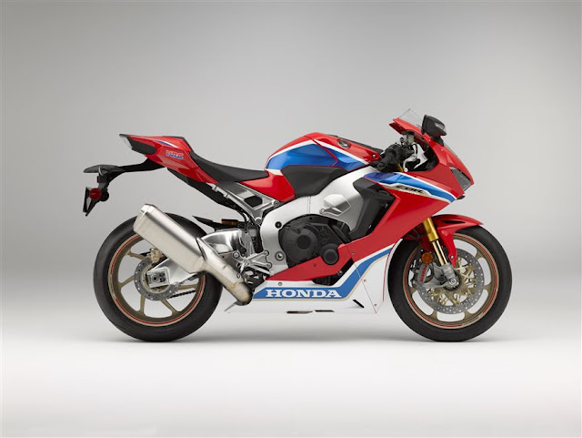 2017 CBR1000RR SP Right Side