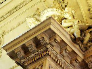 Decoração em Pilastra do Teatro Colón, Buenos Aires