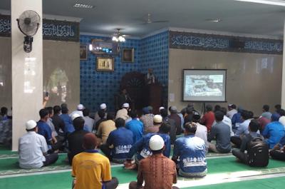 Imam Palestina Beri Ceramah Ramadhan di IIB Darmajaya