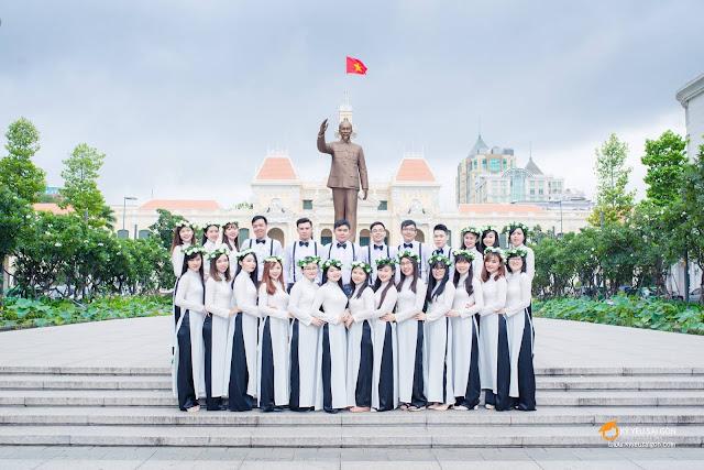chọn áo dài chụp ảnh kỷ yếu Sài Gòn