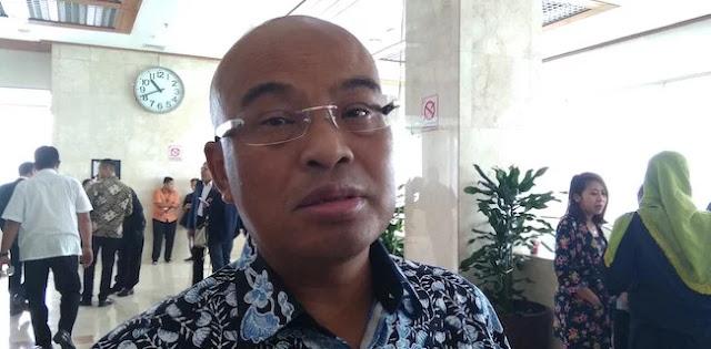 Gerindra: Panik, Jokowi Mulai Mondar-Mandir Kayak Gosokan