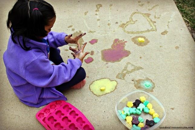 DIY: Gises congelados de colores perfectos para la Primavera by www.unamexicanaenusa.com