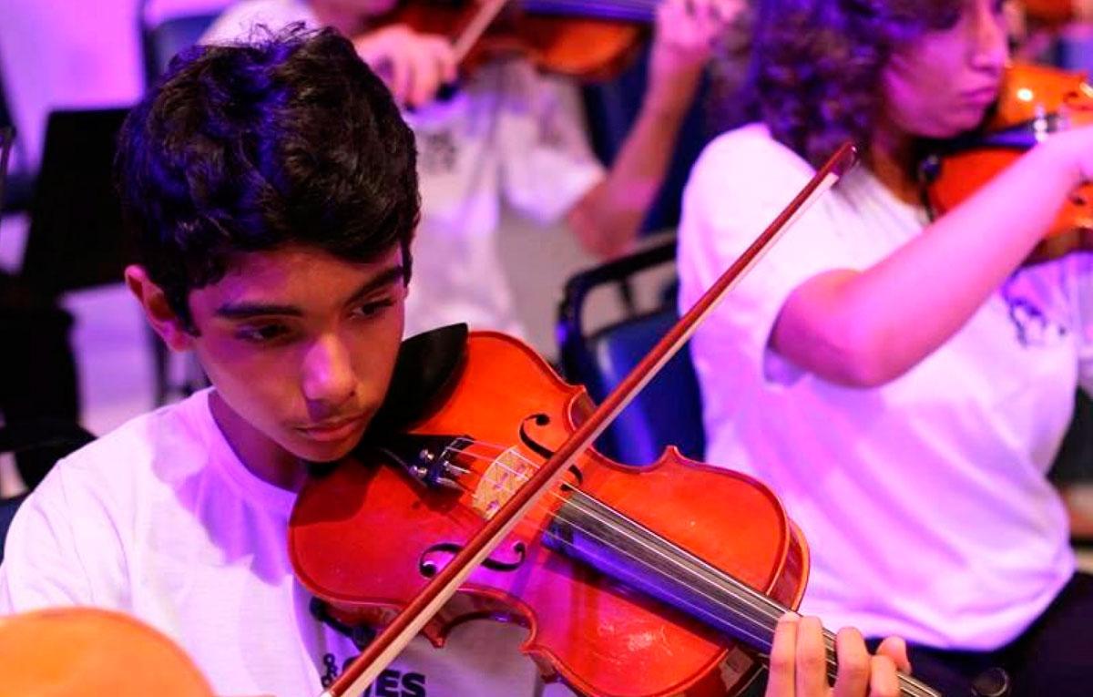 Mais de 200 crianças são atendidas gratuitamente em projeto sociocultural de Araraquara