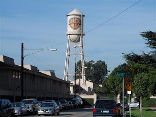 Famosa caixa d'agua da Warner Bros