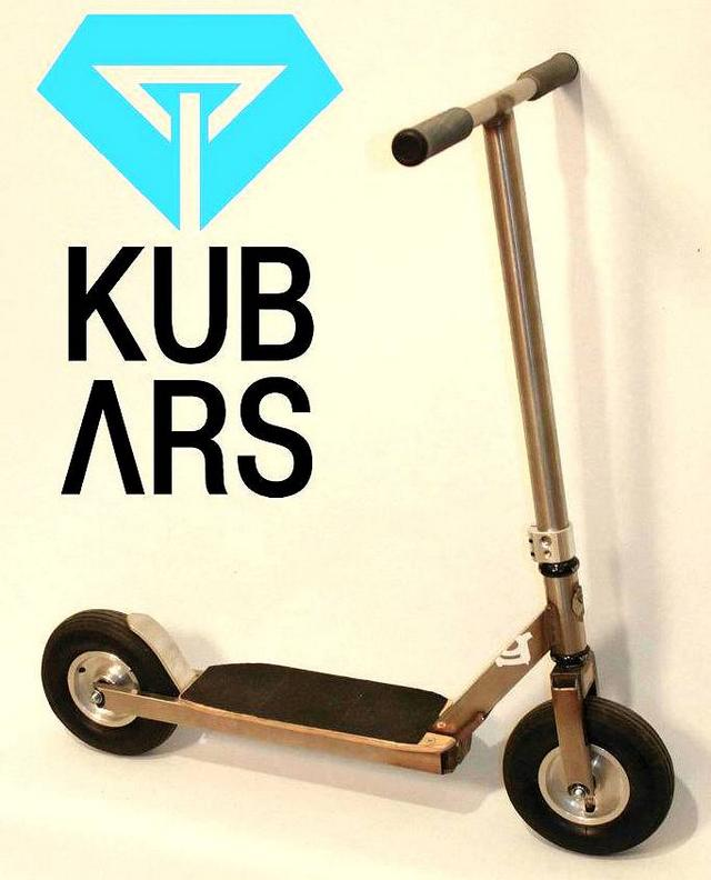 trottinette de dirt KUBARS