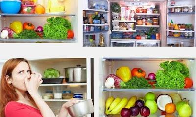 cara menghilankan bau pada kulkas