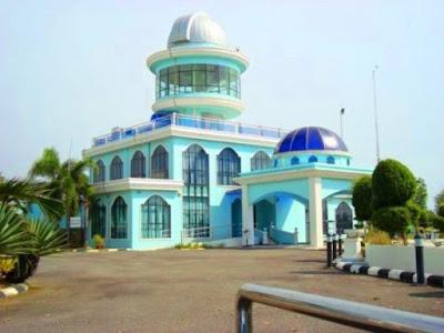 Kompleks Falak Al-Khawarizmi pengkalan balak melaka