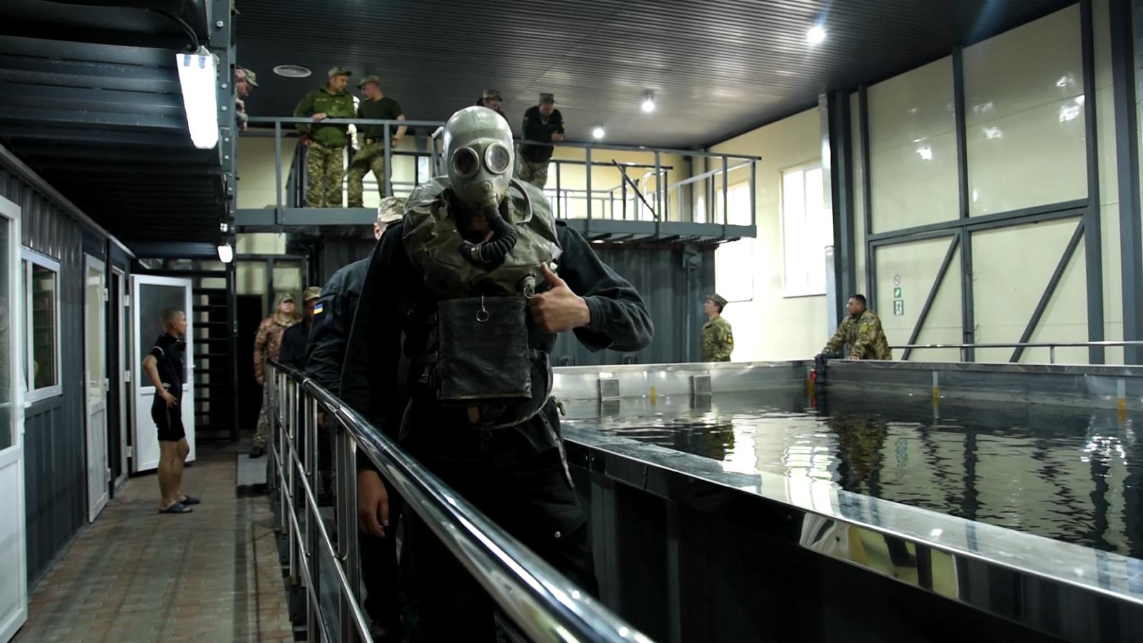 У Десні відкрили водолазний комплекс для танкістів