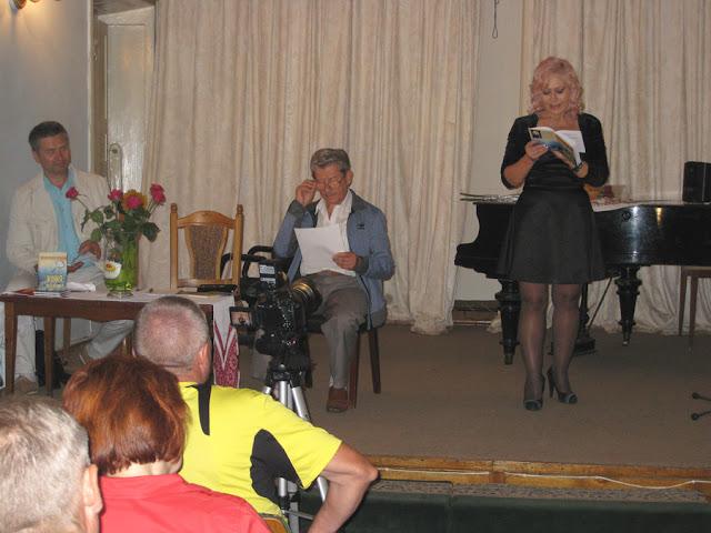Лилия Золотоноша на презентации в НСПУ