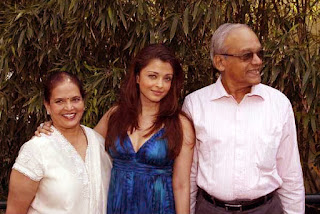 Aishwarya Rai With Her Father And Mother