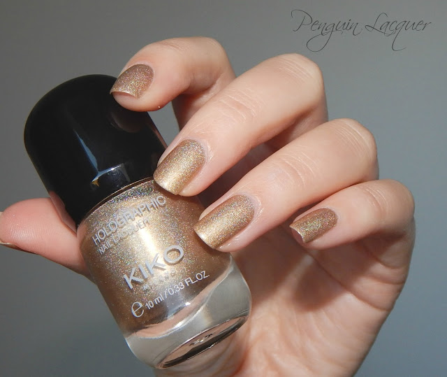 kiko holographic nail lacquer 002 golden champagne flashlight