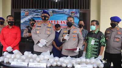 Ditpolairud Polda Banten Berhasil Gagalkan Penyelundupan 9832 Ekor Benih Lobster Ilegal