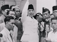 Kehidupan Masyarakat Indonesia pada Masa Demokrasi Terpimpin