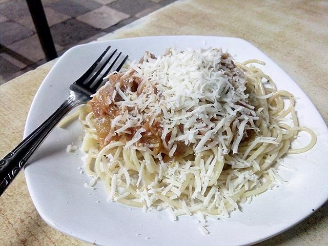 Dapoer Kite - Cafe Ala Kaki Lima - spagetty bolognaise