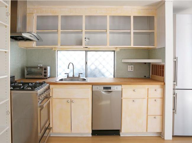 Arredare piccoli spazi: la mobilhome shabby chic di Rachel Ashwell before cucina