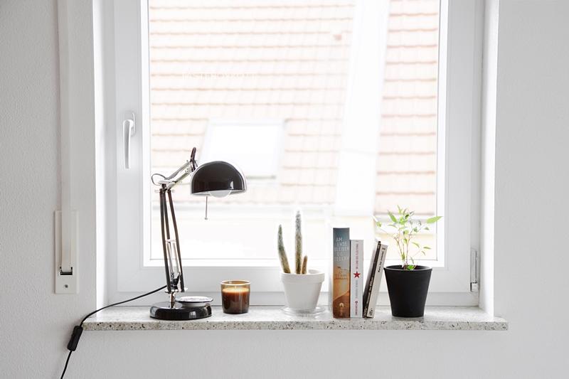 Deko Fensterbank Simple Fensterbank Dekorieren Mit Bchern With Deko