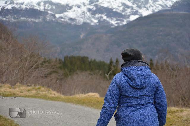 Spacer po Parku Narodowym Folgefonna w kierunku lodowca z miejscowości Sundal