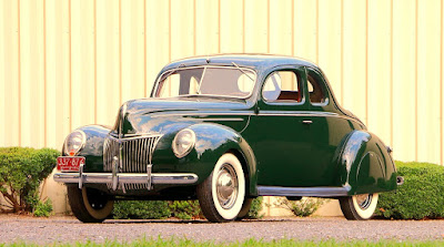 1939 Ford Deluxe Coupe Front Left