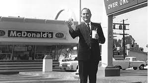 Ray Kroc persistiu para construir...
