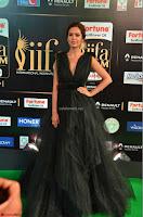 Esha Gupta in a Deep Neck Sleeveless Dark Green Gown at IIFA Utsavam Awards 2017     19.JPG