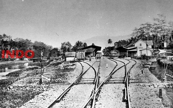 Stasiun Tertua Peninggalan Penjajah Belanda