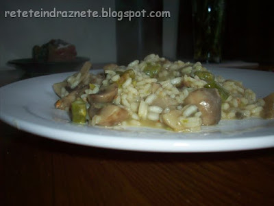 Mushroom & Asparagus Risotto - Vegan & Gluten-Free Recipe