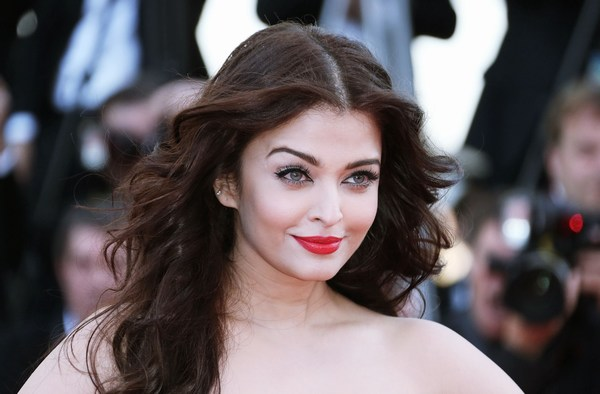 Hot Aishwarya Rai Look at Cannes 2015