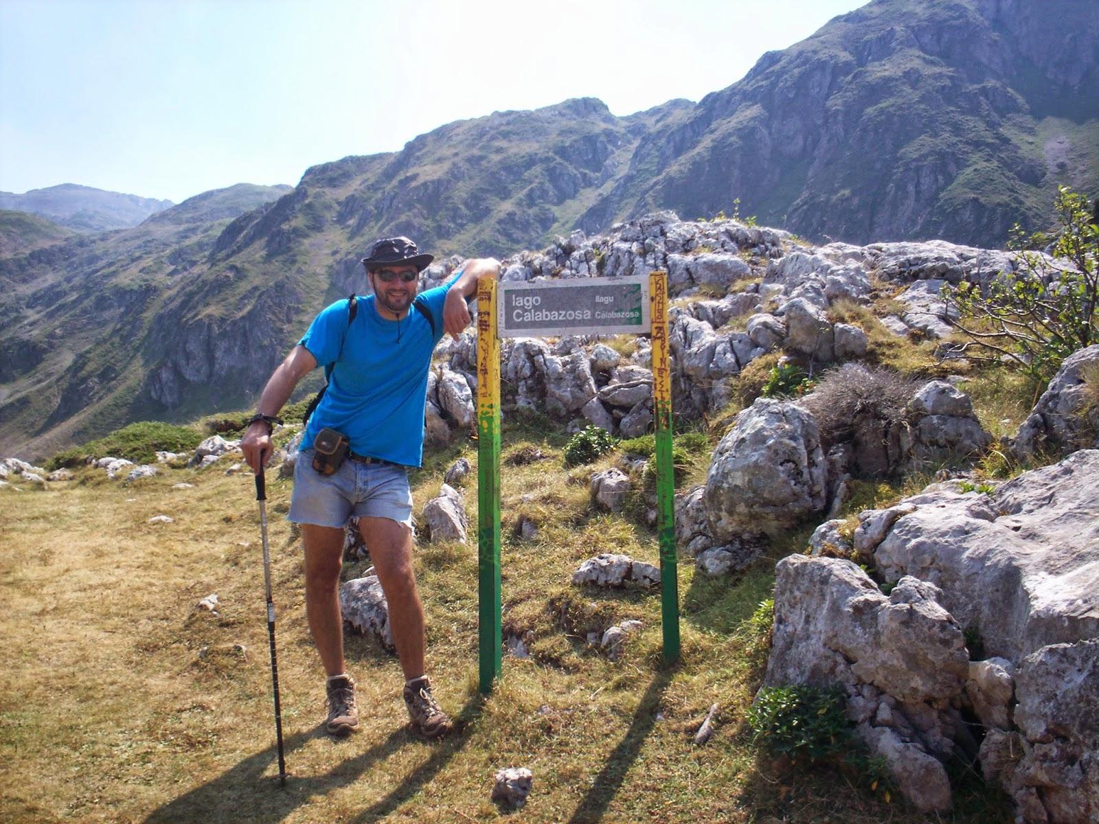 Indicaciones en la ruta a los lagos de Saliencia en Somiedo.