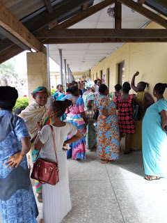 Pregnant Women Protest Over Outrageous N25,000 Childbirth Fee Imposed On Them In Ondo