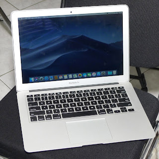 MacBook Air Early 2015 Core i5 13-inchi Bekas di Malang