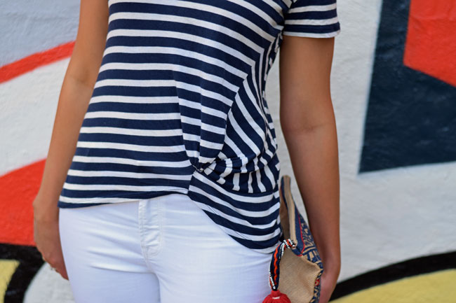 Striped_Knot_Front_T-shirt