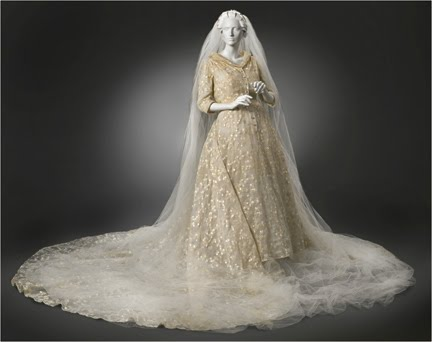 Wedded Perfection Two Centuries Of Wedding Gowns The