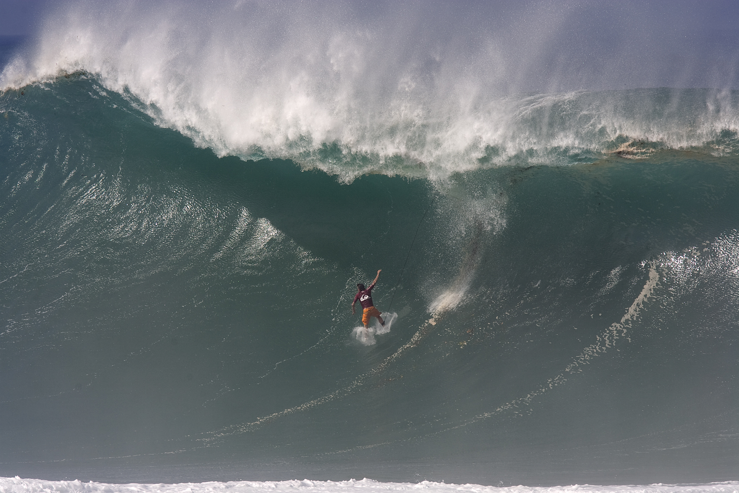 Bruce Iron s Perfect 100 in Quiksilver Eddie Aikau