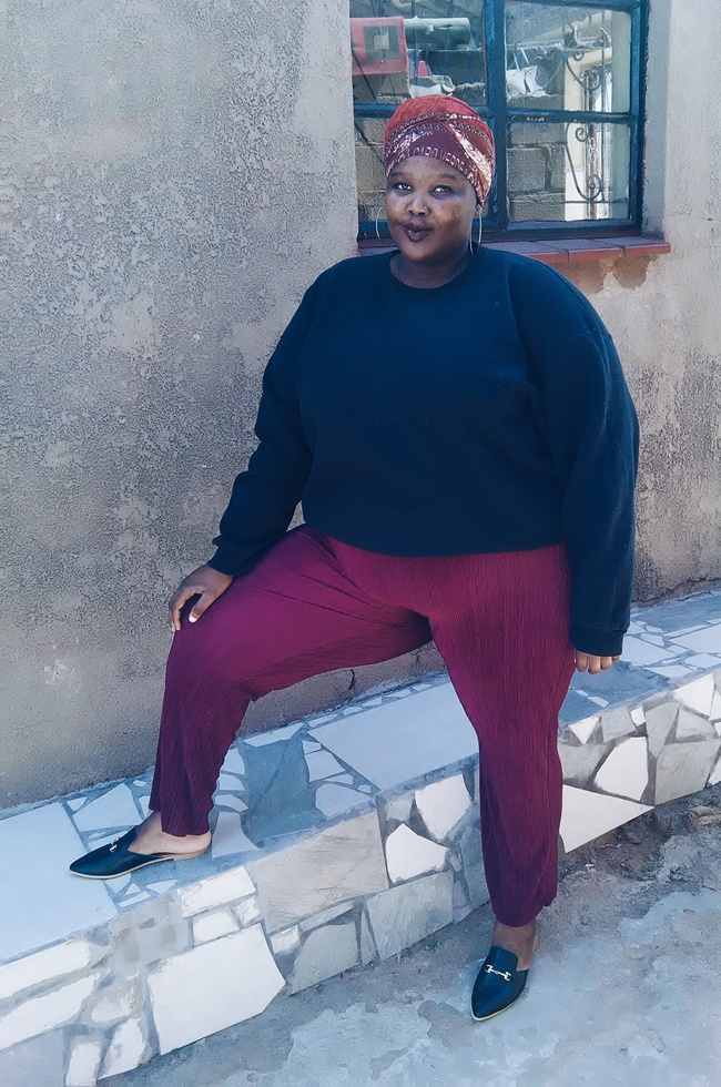 how to style plisse for plus size, plus size pleats style