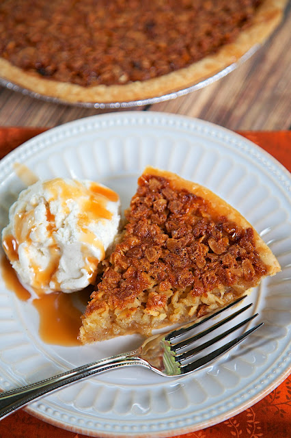Oatmeal Pie - tastes as good as pecan pie without the expense! This pie can be made several days in advance. Serve warm with ice cream. YUM! Great for the holidays.