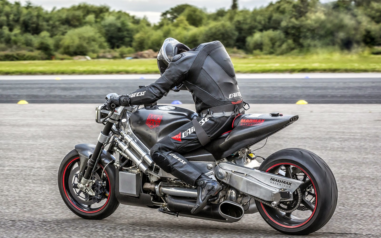 motorcycle turbine engine with World Fastest Naked on Mtt Turbine Streetfighter Superbike Photo Gallery furthermore Rolls Jet Engine Diagram together with 2014 Cvo Breakout Harley S New Pride Photo Gallery 68578 furthermore Mtt Turbine Streetfighter Superbike Photo Gallery besides 1711479.