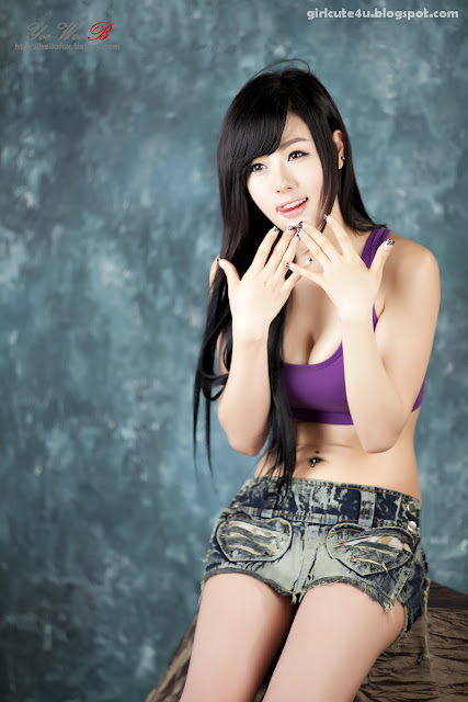 25 Hwang Mi Hee-Purple Sport Bra-very cute asian girl-girlcute4u.blogspot.com