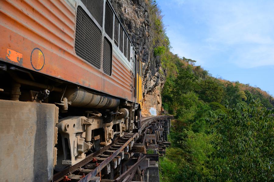 pociąg śmierci w tajlandii
