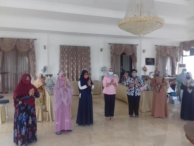 Junita Linda Kamuru Silaturahmi dengan Pengurus Organisasi Wanita Muslimat Sorong
