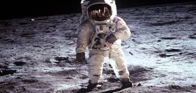 تاريخ الرحلات الفضائية