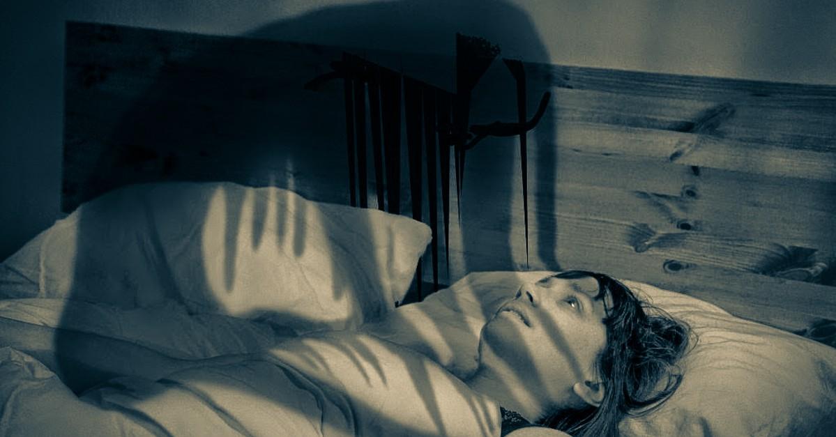 Apa itu Sleep Paralysis dan kenapa bisa terjadi