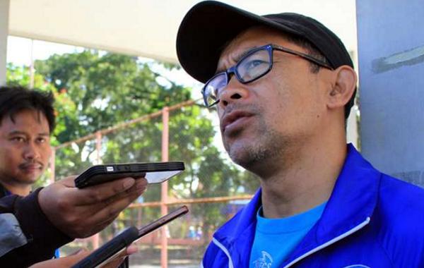 Dicukur Habis 4-0 Oleh Persela Lamongan, Ini Kata Pelatih Arema FC